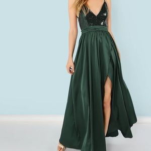 ‫NWOT Sequin Panel Split Maxi Cami Dress